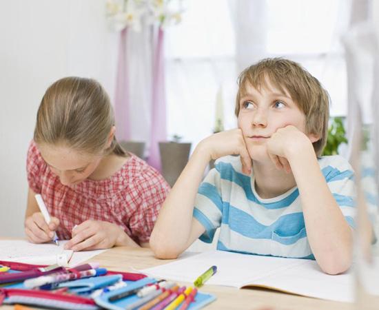 孩子做作业磨蹭,怎么办?