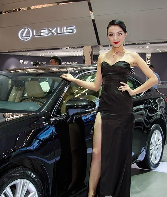 汽车展模特