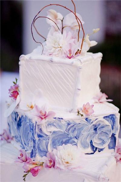 彩绘浪漫婚礼蛋糕