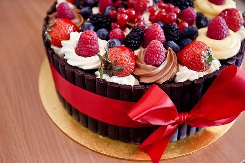 最早的蛋糕是用几样简单的材料做出来的.