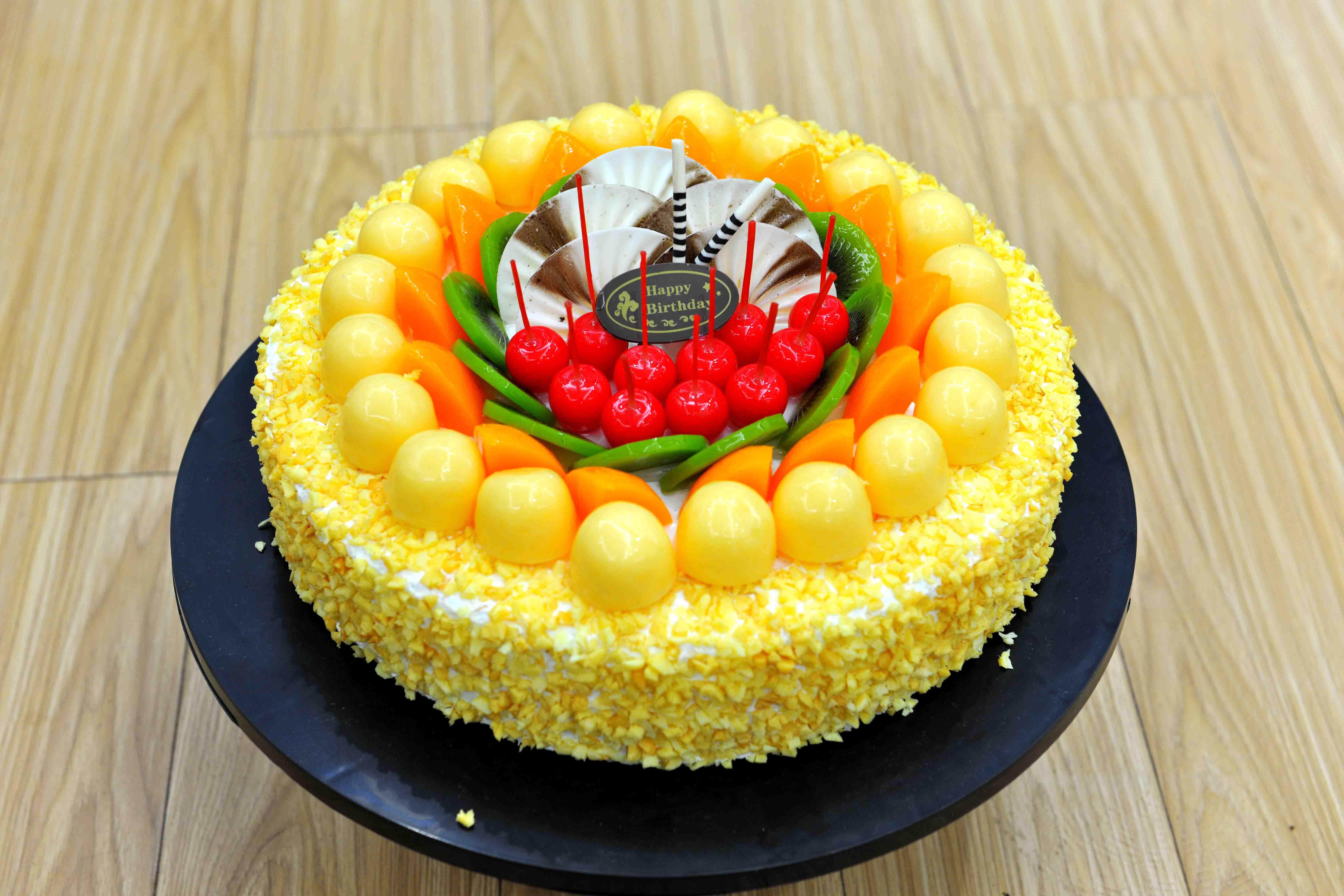 小女孩生日蛋糕图片_男孩蛋糕图片大全卡通_儿童卡通生日蛋糕图片