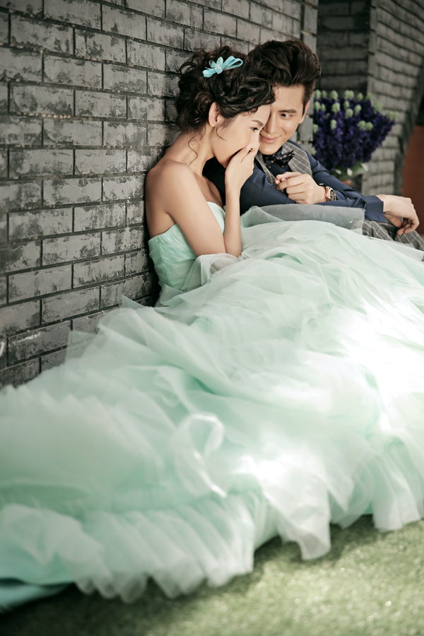 室内手绘墙背景主题―室内婚纱