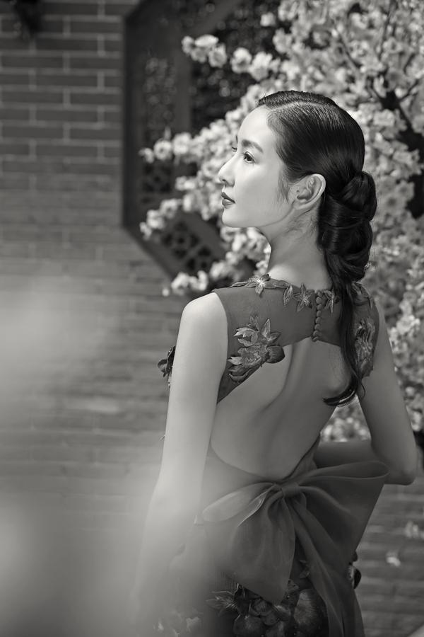 中式轻古典主题—室外婚纱摄影