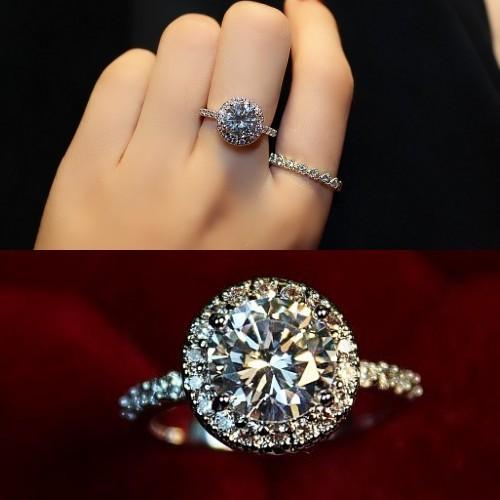 结婚钻戒选择标准 让指尖绽放精彩魅力