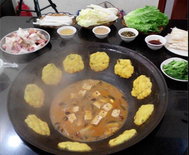 第4站美食试吃:东北野生大鱼坊