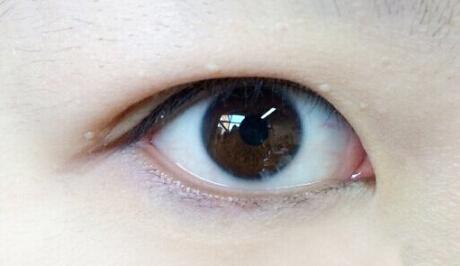 新娘内双眼线的画法步骤 找到重点 打造一个完美的眼妆