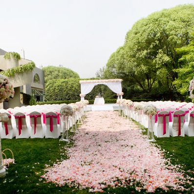 小区婚礼布置效果图
