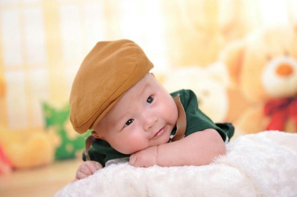 一颦一笑中流露出来的最纯真可爱的一面,为宝宝留下珍贵的回忆,为您的