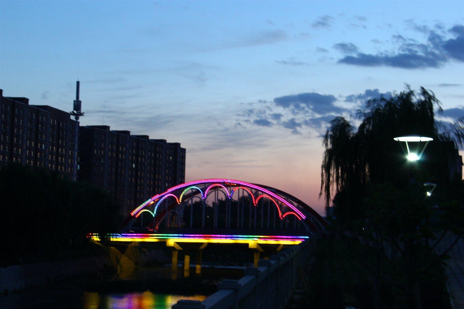 2005彩虹桥夜景 高永文
