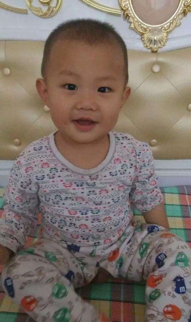 宝宝 壁纸 儿童 孩子 小孩 婴儿 640_1078 竖版 竖屏 手机