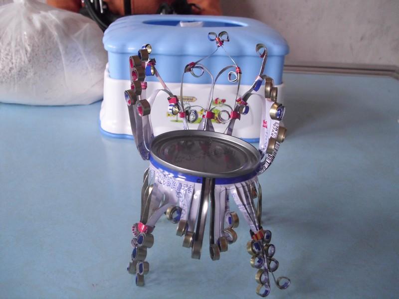 易拉罐做椅子步骤图解简单点的