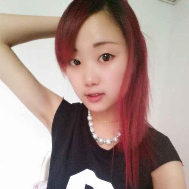 【美女秀场】杨红英 21岁 天蝎座 药剂 美女秀